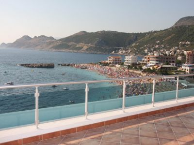 plaze