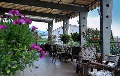 33090759 keto u podgorici, Podgorica