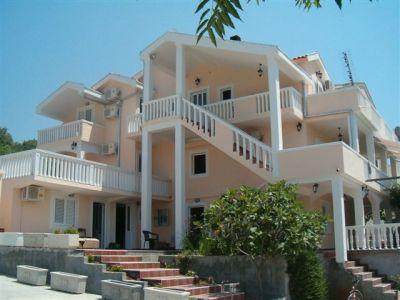 hpim1055 villa lazarevic, Kotor