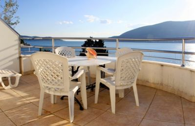 terrace_with_sea_view apart- kukoljac - topla, Herceg Novi