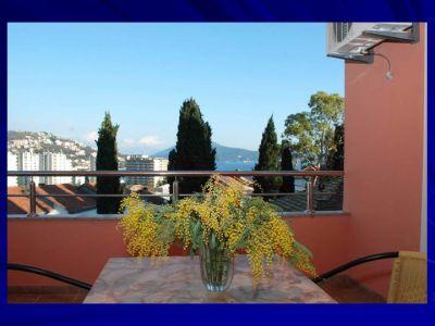 pogled sa balkona stijepčić, Igalo