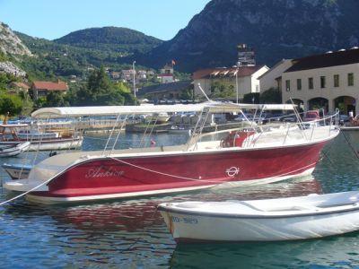 p1000452 miki travel excursion boats, Kotor