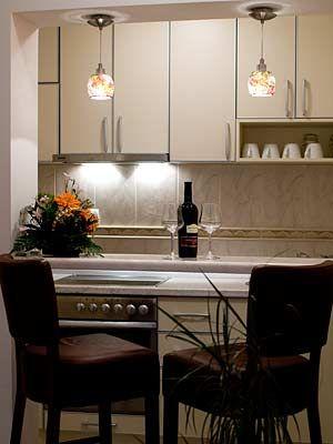 moderno_opremljena_kuhinja_u_apartmanu
