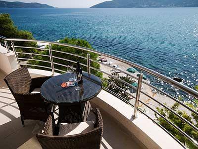 balkon_u_apartmanu_sa_pogledom_na_more