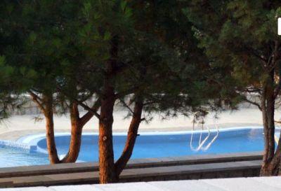 pored_bazena