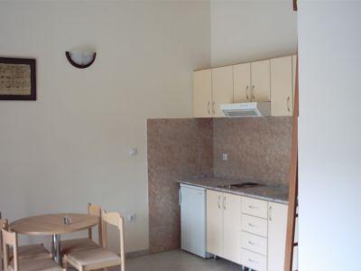 kuhinja_juznog_petokrevetnog_apartmana