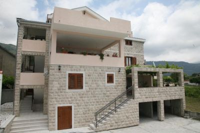 2 tivat - naselje bonići