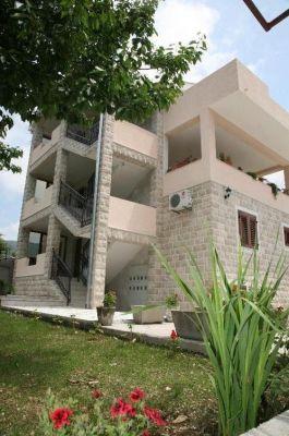 33 tivat - naselje bonići