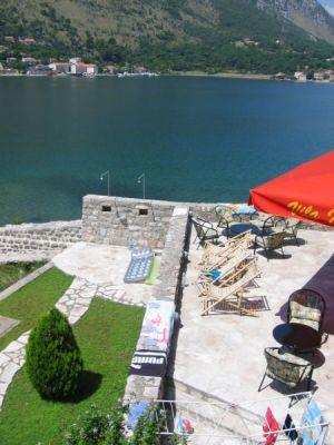 18 kamena palata - dobrota, Kotor