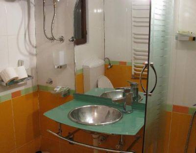 mb_bathroom