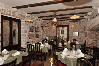 restoran restoran luna rossa, Kotor
