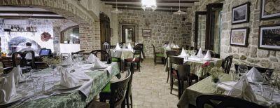 restoran1 restoran luna rossa, Kotor