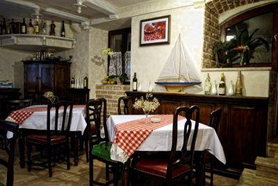 restoran2 restoran luna rossa, Kotor