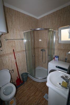 barhroom_with_washing_machine_apartments_pax_herceg_novi_montenegro holiday s pax - herceg novi