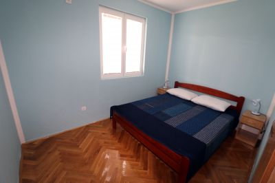 king_size_bedroom_apartments_pax_herceg_novi_montenegro