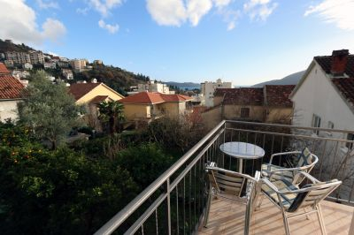 terrace_with_garden_and_sea_view_apartments_pax_herceg_novi_montenegro