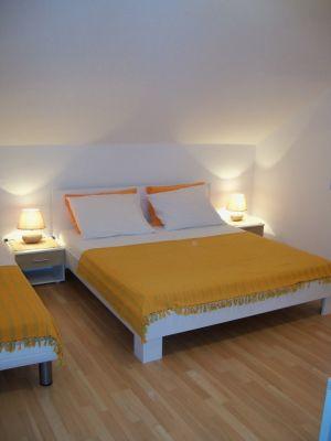 room1(apartment)