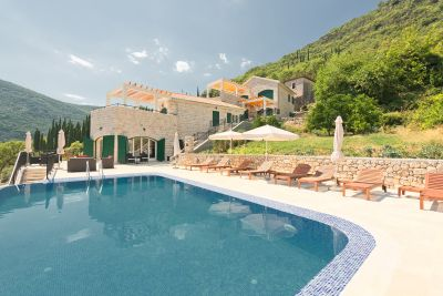 village lucici village: beautiful s and villas for sale, Herceg Novi