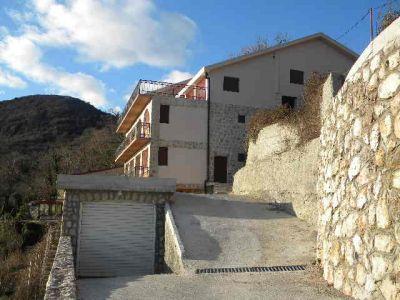sscn1900 castel lapčići, Budva