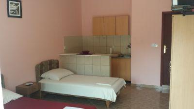 33 accommodation malavrazic - igalo