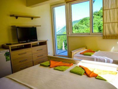 2 stone bridge eco resort, Morinj