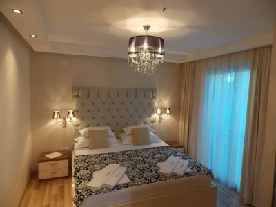 8 vila grand palazzo, Budva
