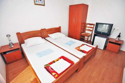 double_room_hotel_kapri_igalo_montenegro