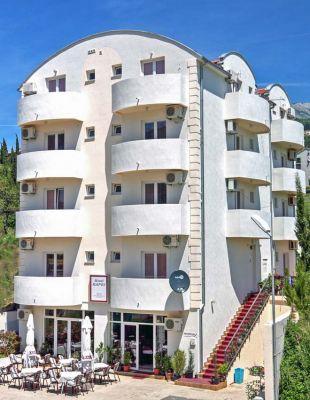 hotel_kapri_igalo_montenegro.jpg