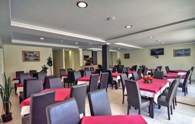 restaurant_hotel_kapri_igalo_montenegro kapri igalo