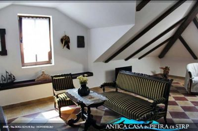 apartment_no_5_petrarca_ _apartments_for_sale_in_kostanica old stone house in strp, Kotor