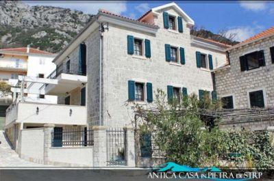 view at villa in strp 2000 825106___600×400_ stara kamena kuća u strpu, Kotor