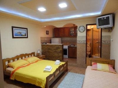 three_bed_apartments_klakor_tivat_montenegro s klakor