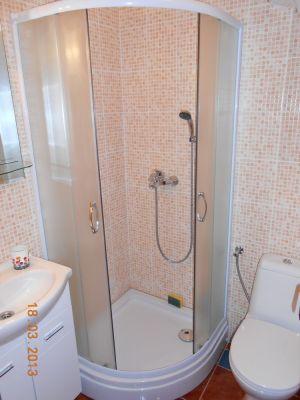 kupatilo_apartman_200_metara_od_mora_apartmani_tre_sorelle_kumbor