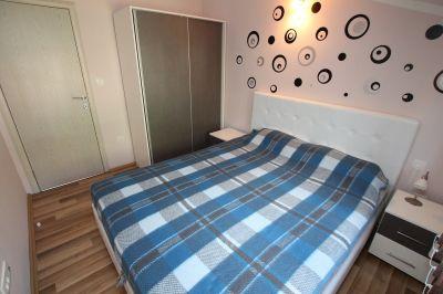 spavaca_soba2_apartmani_tre_sorelle_kumbor
