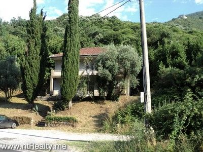 dsc08962 sold kotor bay - kostanjica, villa with plot close to sea €225,000 sold