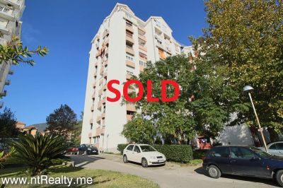 sold sold tivat centre 1 bedroom  with enclosed balcony €80,000