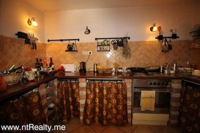 kotor bay muo town house for sale 159  (32)