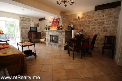 kotor bay muo town house for sale 159  (41)