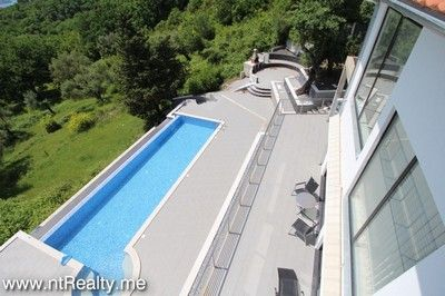 tivat villa 148 168 tivat, bogdasici contemporary villa with pool for sale €1.200,000
