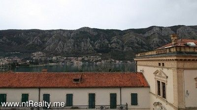 kotor old town 2 bedroom apartment 225 (18) sold kotor old town (stari grad) - main square 2 bedroom  €119,000