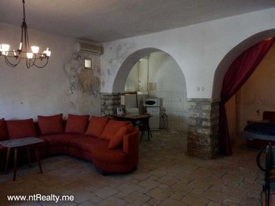 p3200811 sold prcanj front line  with wonderful views €70,000, Kotor