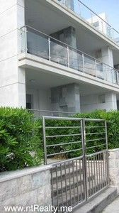 053 stoliv 2 bedroom  with pool for sale €250,000, Kotor