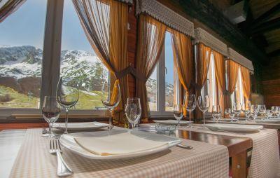 restoran_durmitorsko_sijelo_savin_kuk_zabljak restaurant durmitorsko sijelo