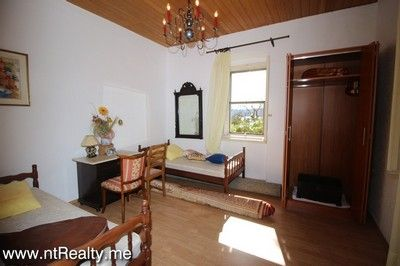 tivat colonial style apartment for sale 228 (19) tivat centre colonial style  for sale €120,000