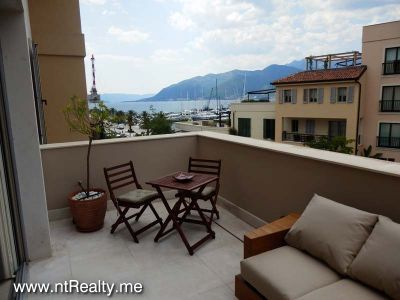 p7050063 porto montenegro luxury  overlooking pool and marina for sale €690,000, Tivat