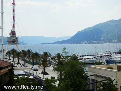 p7050064 porto montenegro luxury  overlooking pool and marina for sale €690,000, Tivat