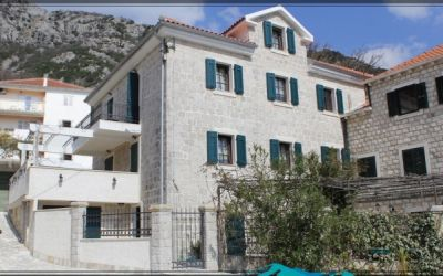 5 2 bedroom  for sale,€116,000, kotor - excellent rental potential!