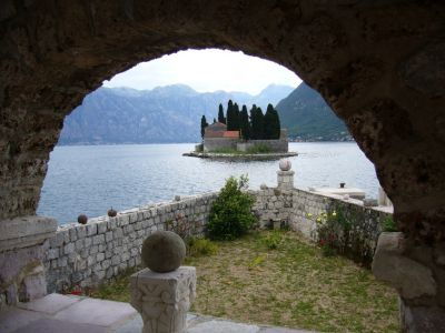 1a spacious house in perast, only 20 metres from the waterfront