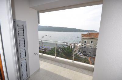 2 one bedroom  in herceg novi, 20 m from the sea, € 92,500
