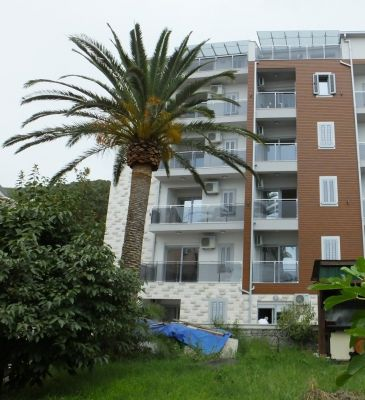 5 one bedroom  in herceg novi, 20 m from the sea, € 92,500